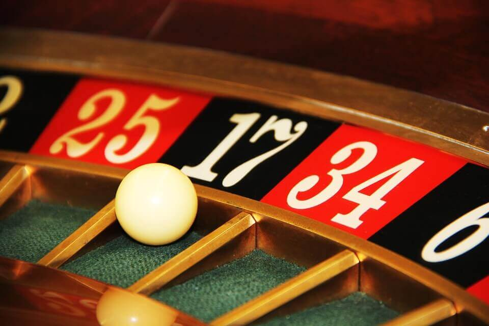 Blackjack or Roulette : Roulette pictures