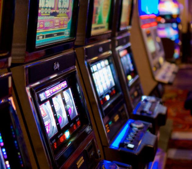 Vegas Slot Games | LadyLucks Mobile Casino